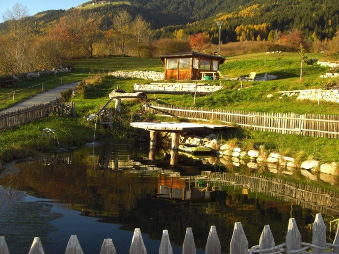A diversified farm holiday at the Gasserhof farm: infrared sauna, party cellar, wide garden